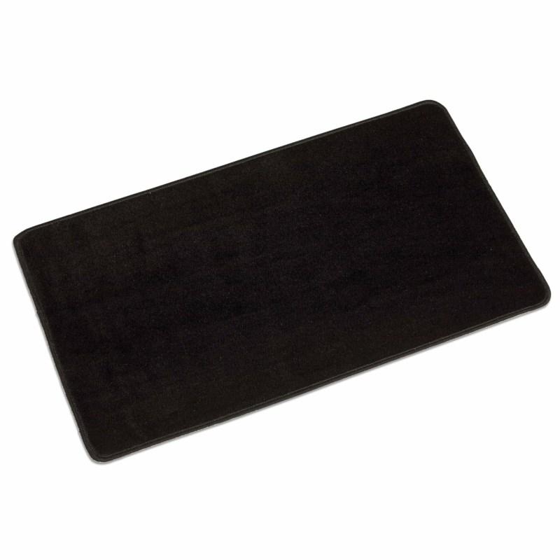 Carpet: Black